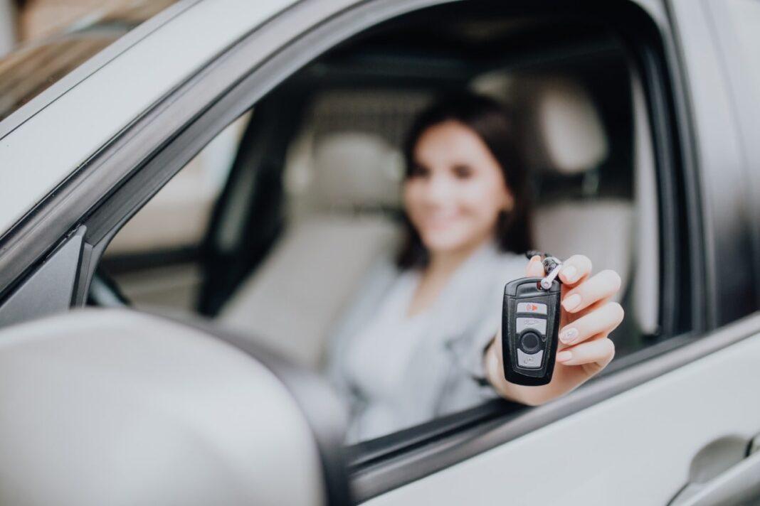 Ketentuan Sewa Mobil Surabaya